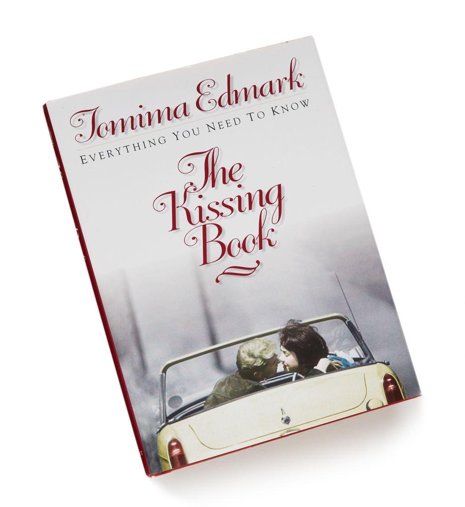 Andra Group The Kissing Book KissBk