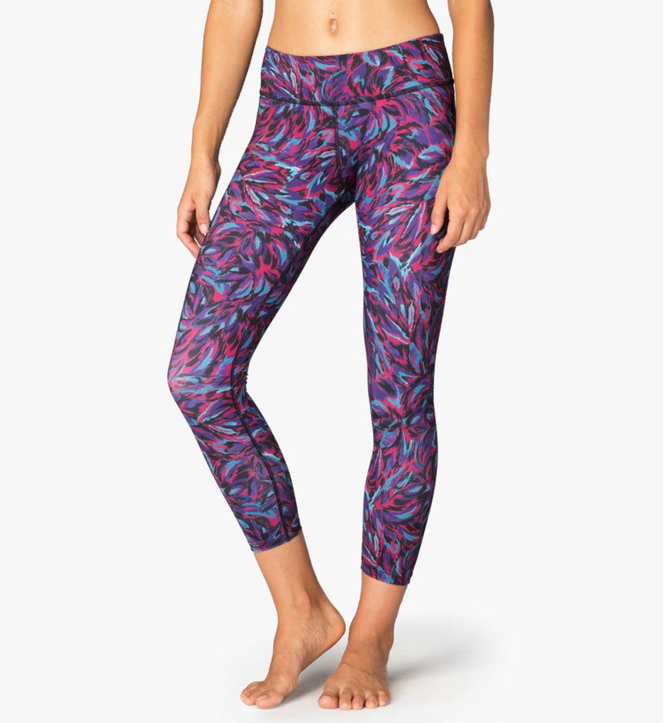 Beyond Yoga Lux Print Capri Legging LP3079